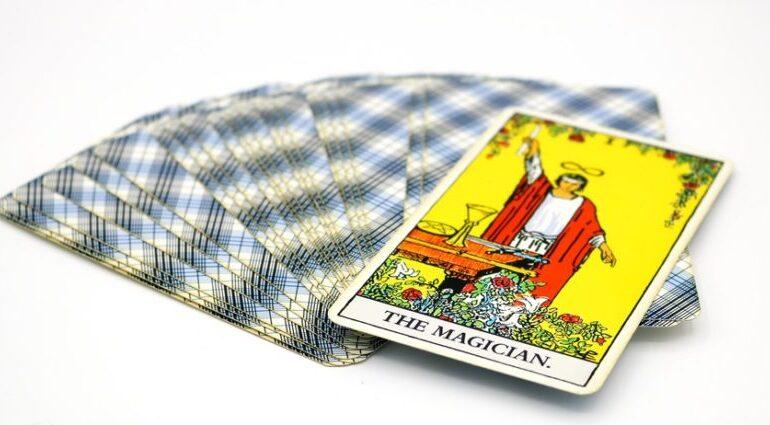 từ khóa lá bài The Magician